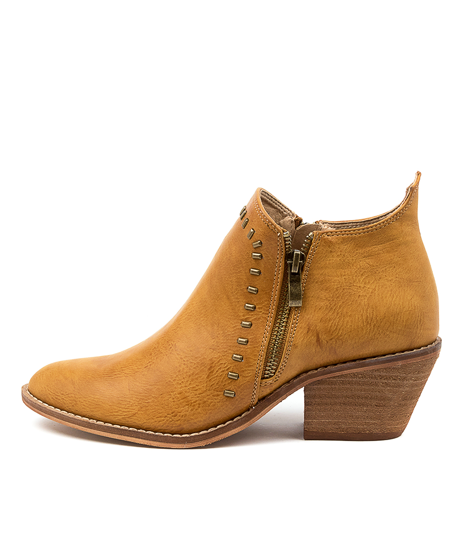 Buy Ko Fashion Dwyer Kf Brandy Ankle Boots online with free shipping