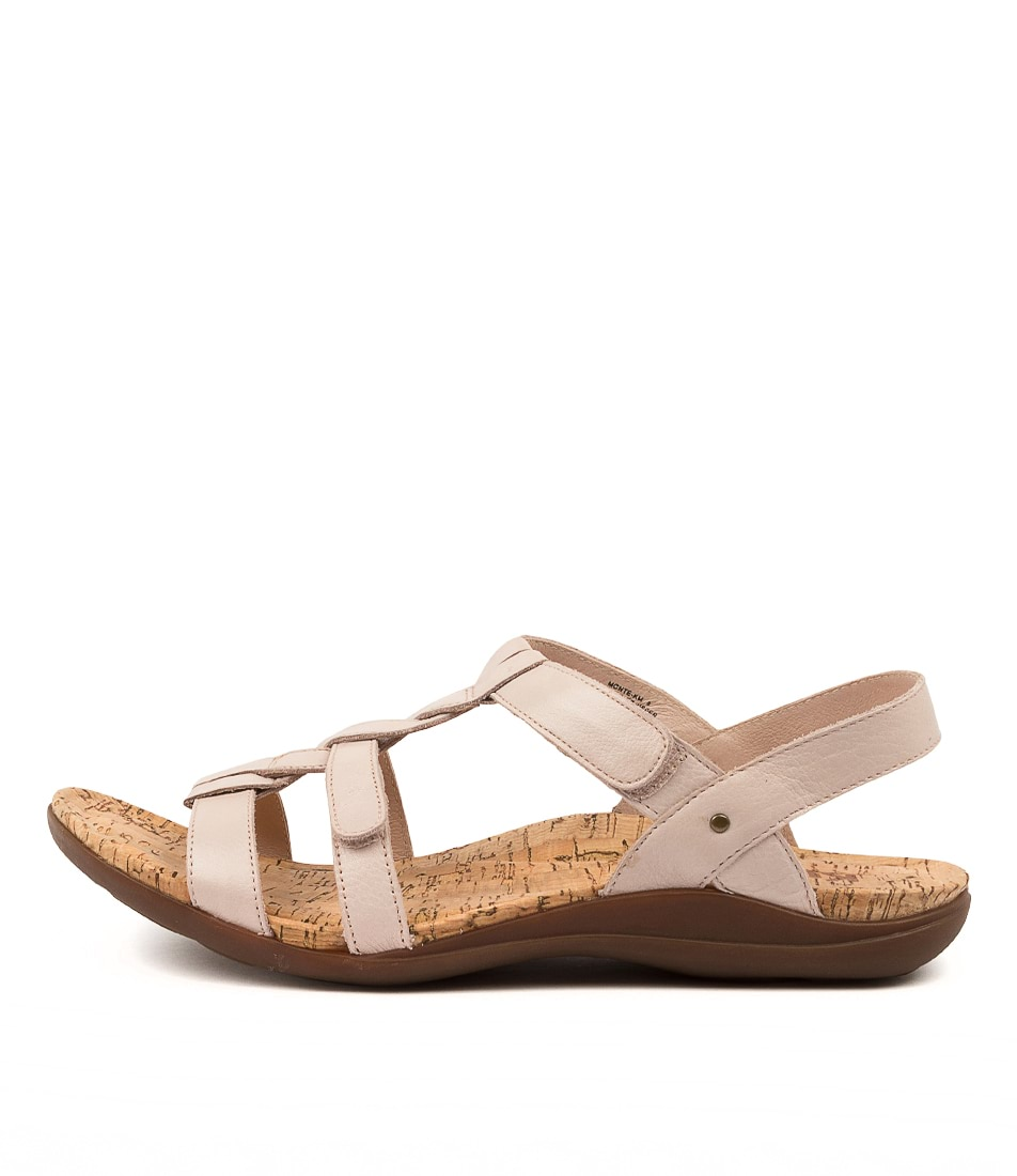 Buy Kumfs Monte Km Nude Flat Sandals online with free shipping