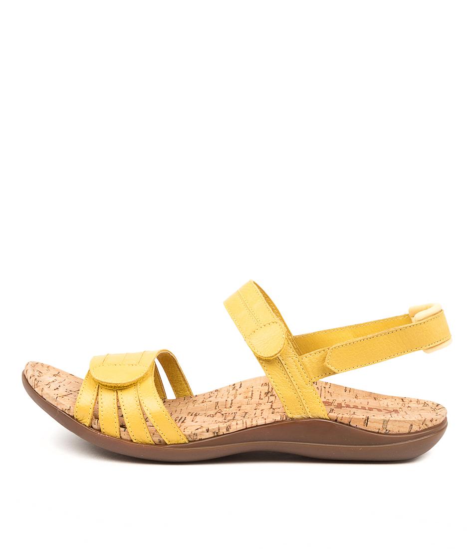 Buy Kumfs Macha Km Yellow Sandals Flat Sandals online with free shipping