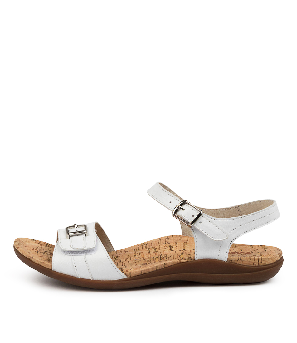 Buy Kumfs Manor Km White Sandals Flat Sandals online with free shipping