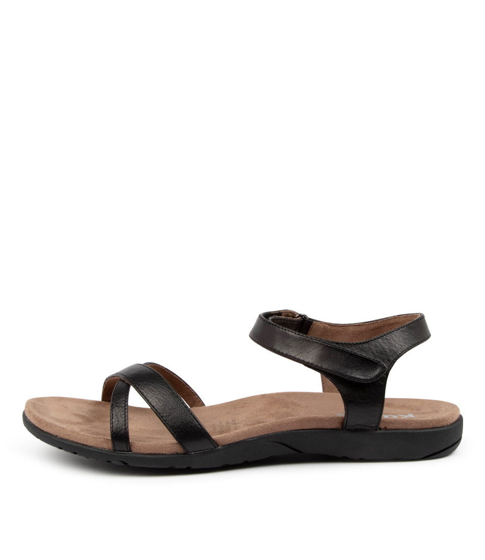 Buy Kumfs Karabeal Km Black Flat Sandals online with free shipping