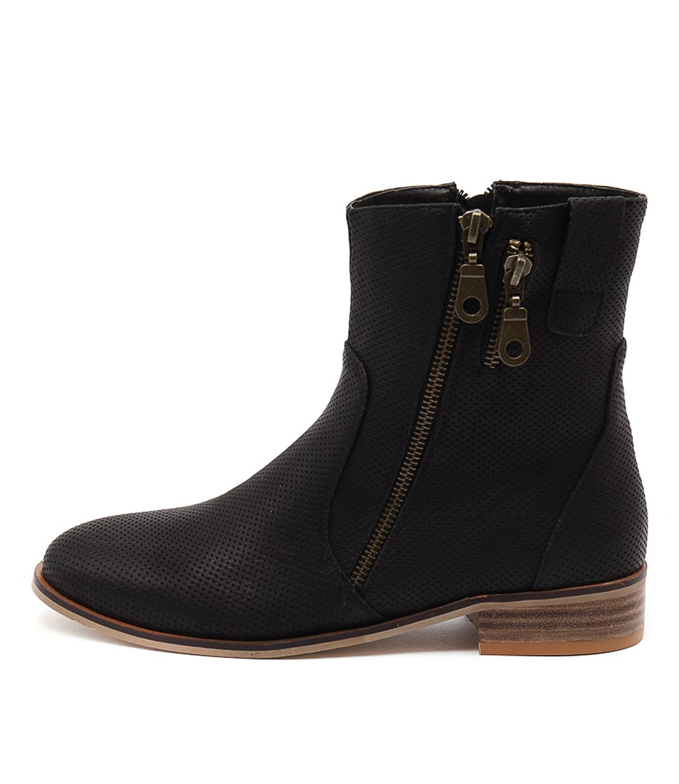 Ko Fashion Boom Black Casual Ankle Boots buy  online
