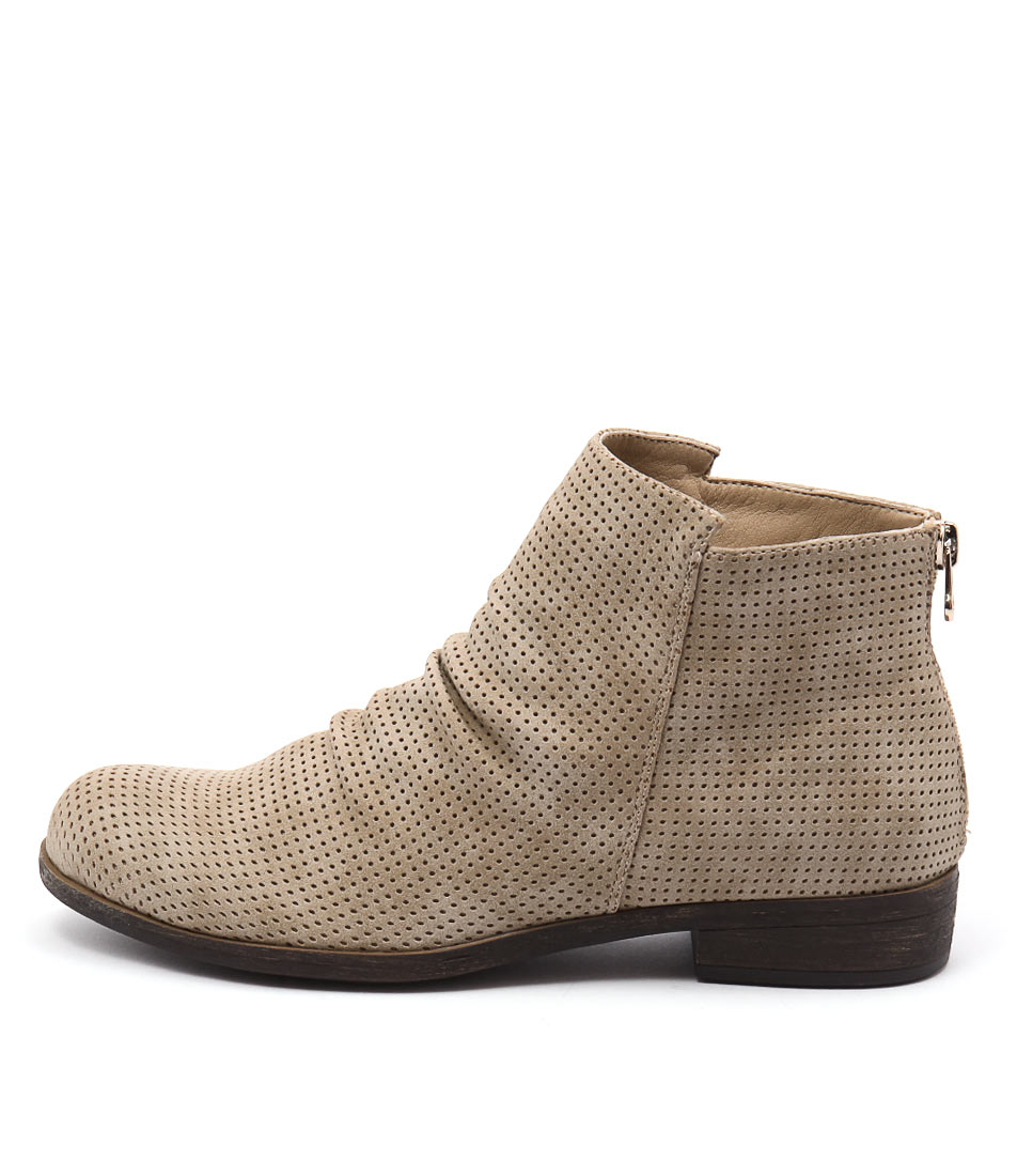 Lavish Seirra Beige Casual Ankle Boots