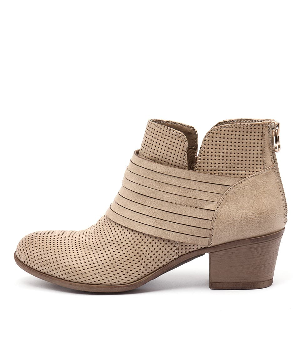 Lavish Lasso Lv Taupe Casual Ankle Boots