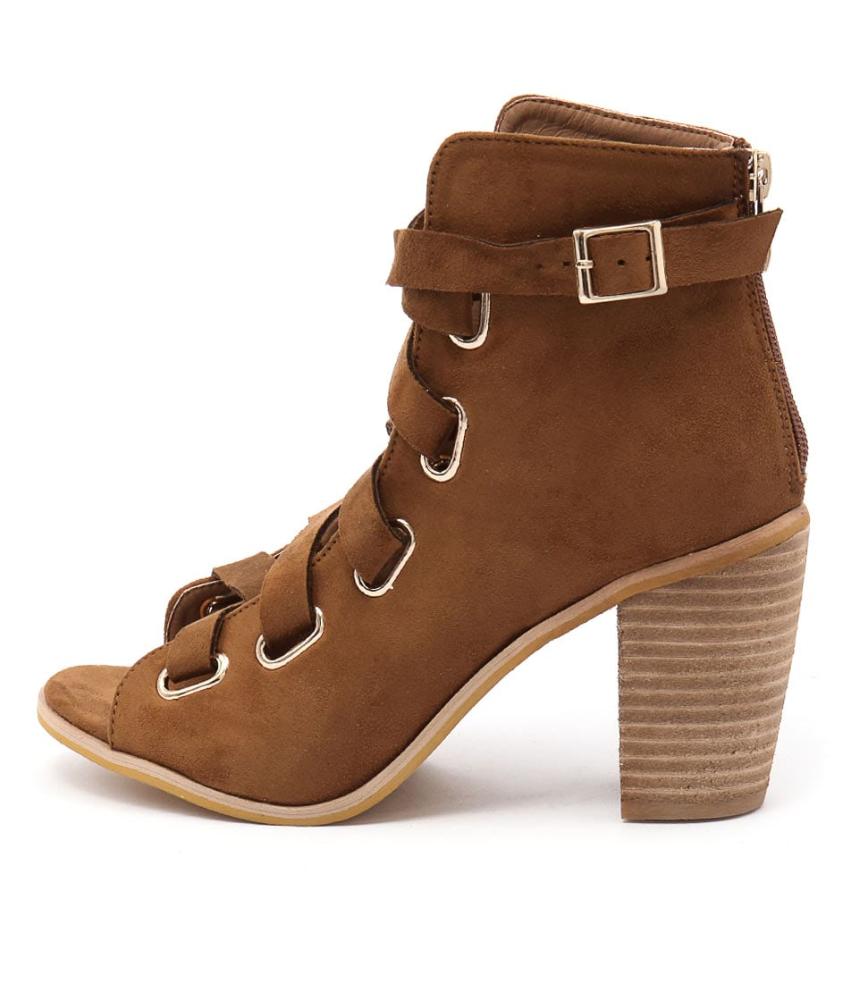 Lavish Maxima Camel Ankle Boots