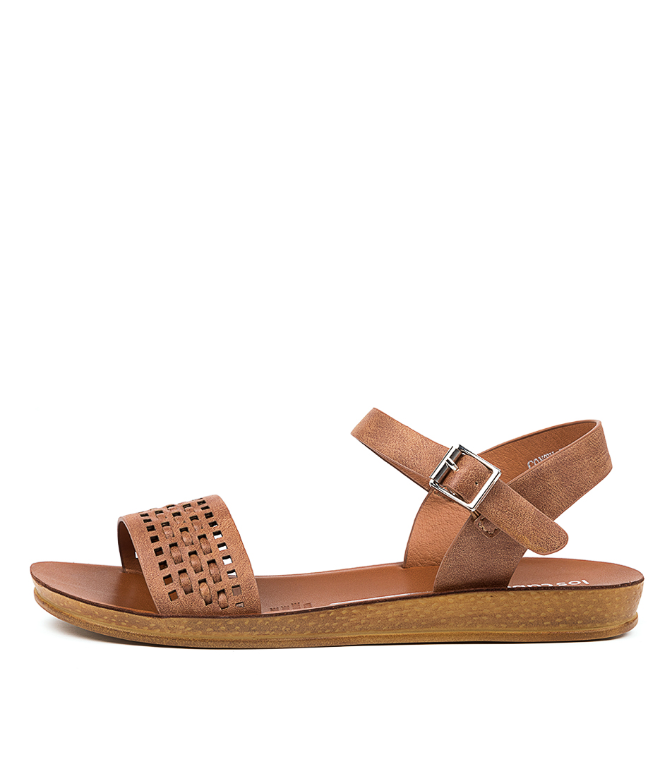 Buy Los Cabos Conty W Lc Brandy Flat Sandals online with free shipping