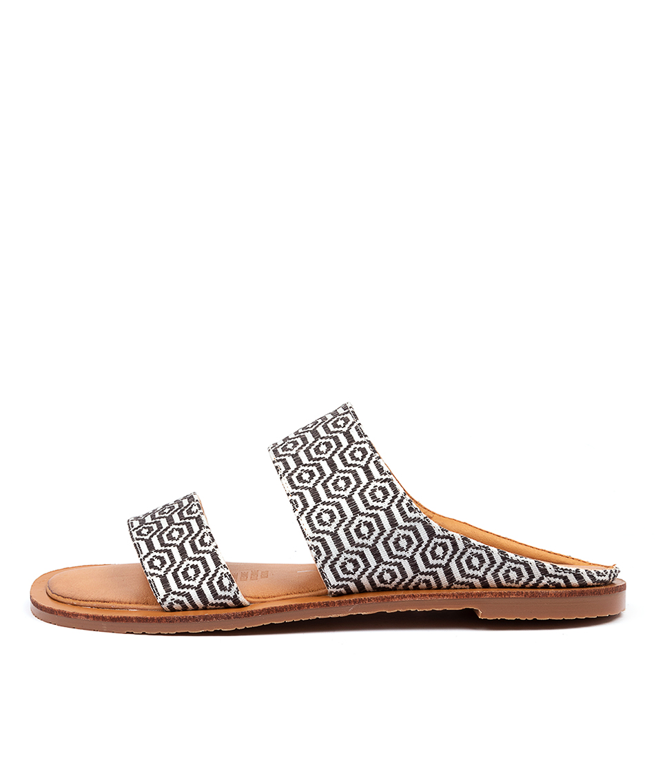 Buy Los Cabos Wally W Lc Black Grey Flat Sandals online with free shipping