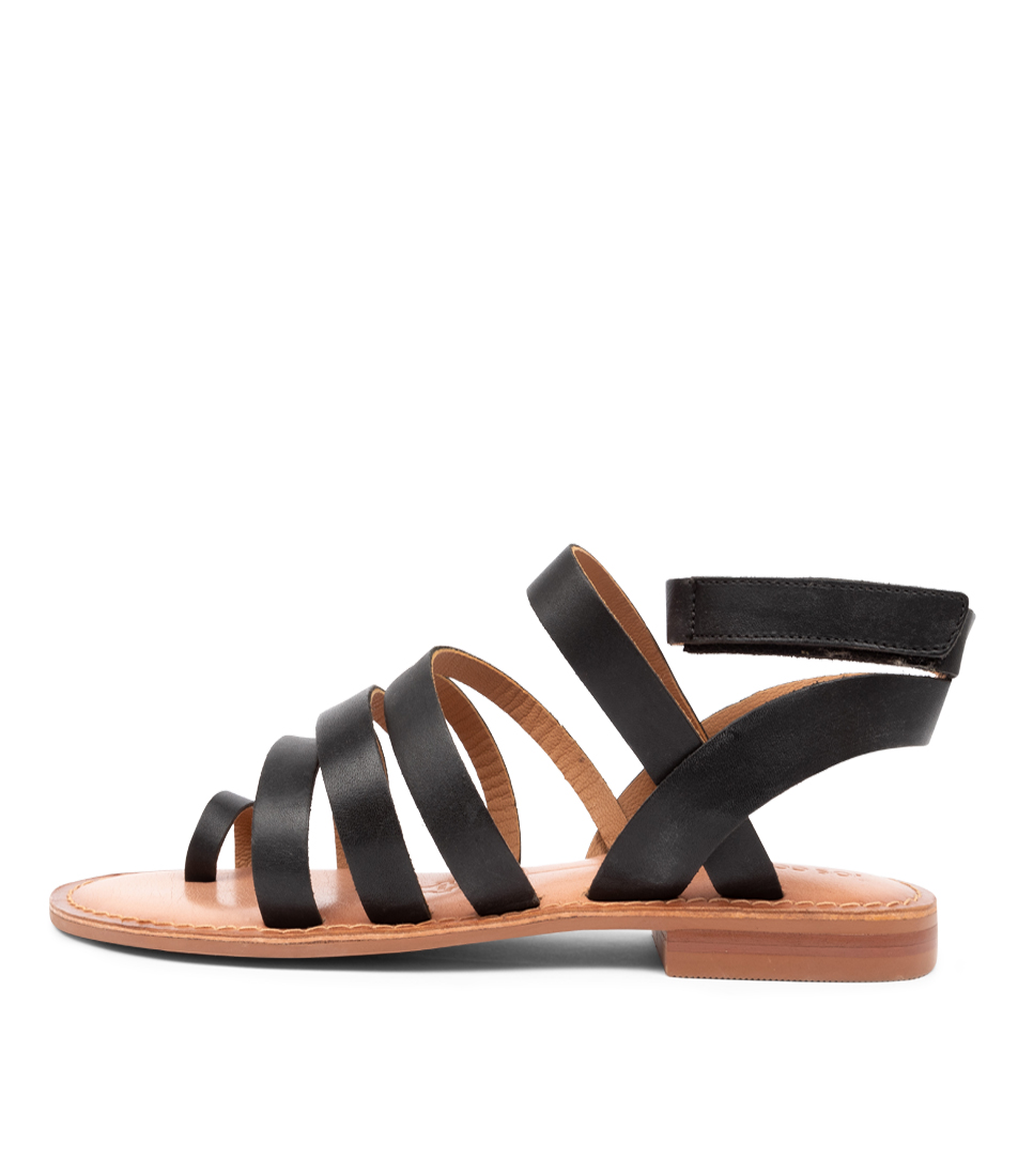 Buy Los Cabos Amanda W Lc Black Flat Sandals online with free shipping