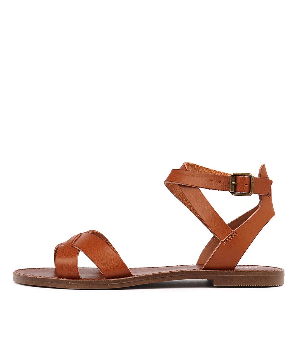 Lipstik Basement Tan Casual Flat Sandals