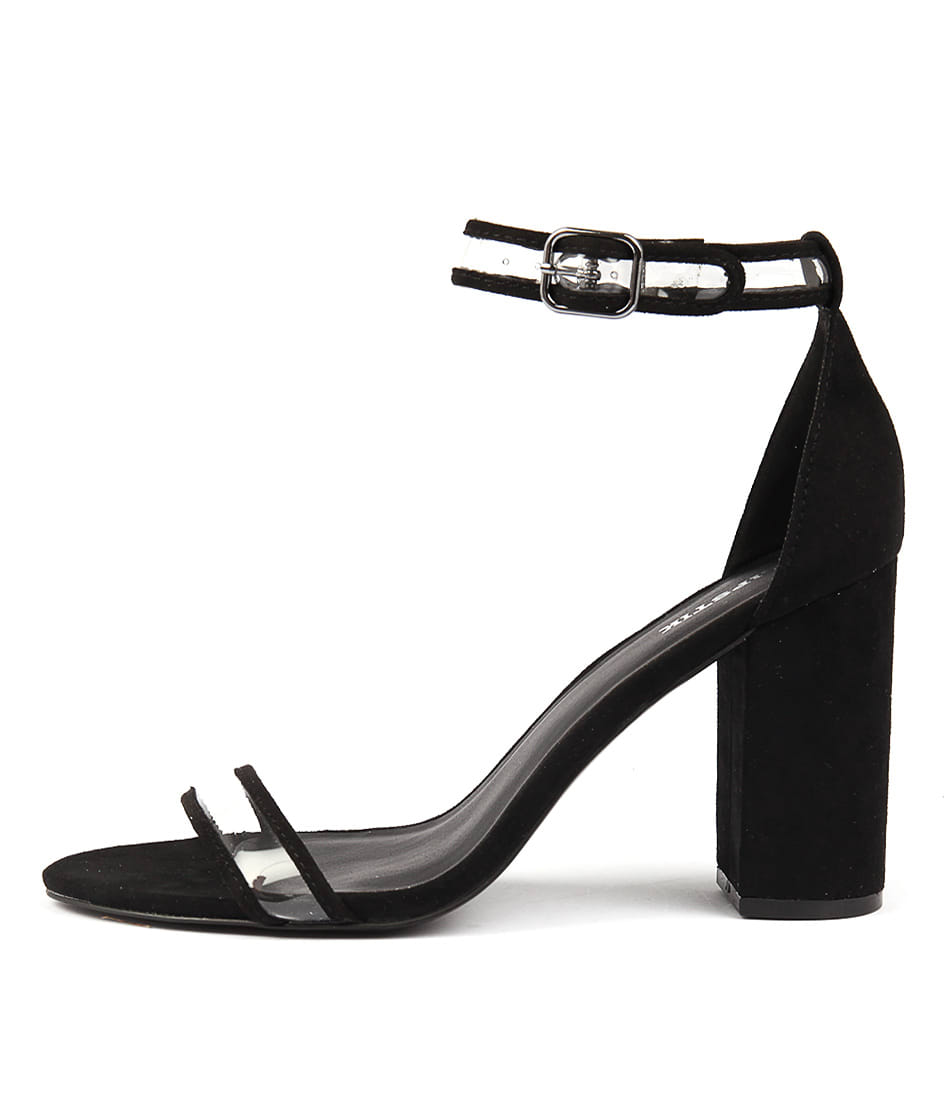 Lipstik Inessa Li Black Heeled Sandals
