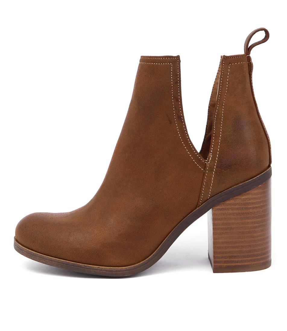 Lipstik Nerro Tan Ankle Boots