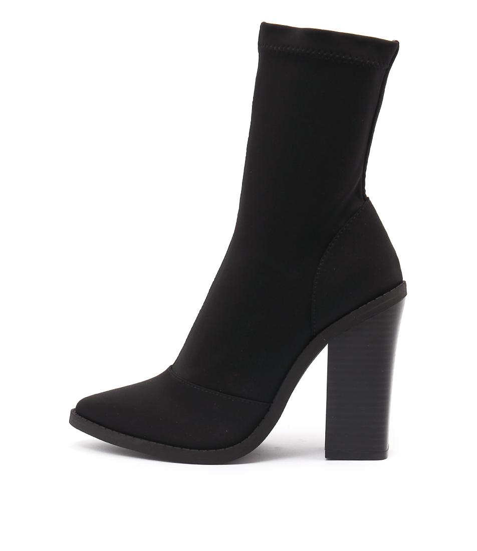 Lipstik Matra Black Ankle Boots