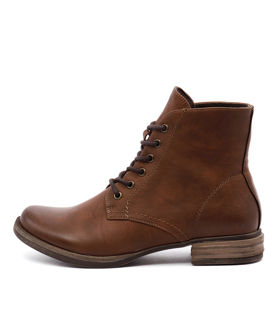 Los Cabos Corsa Brandy Casual Ankle Boots