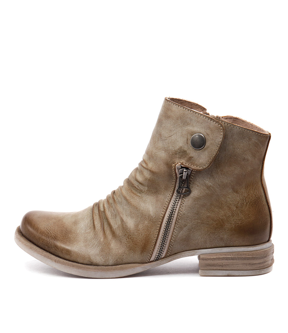 Los Cabos Corso Beige Ankle Boots