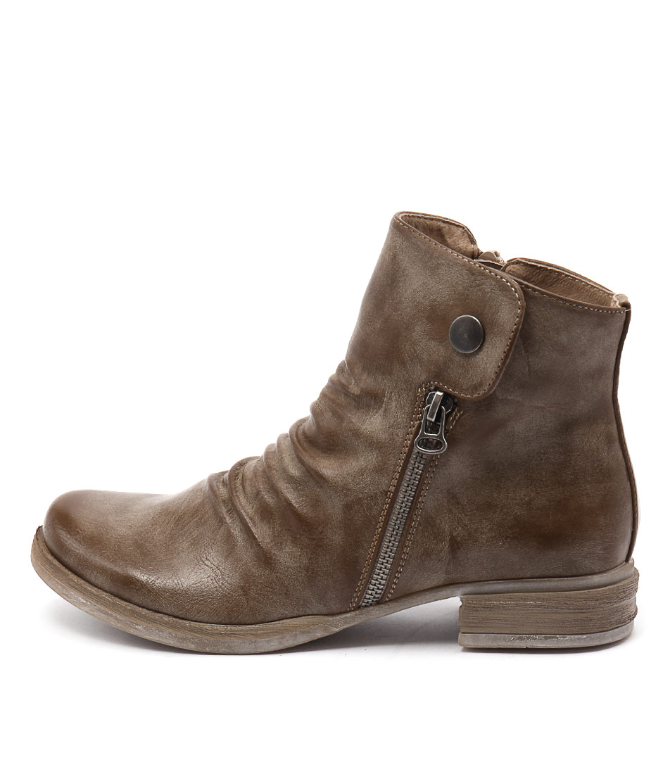Los Cabos Corso Taupe Casual Ankle Boots