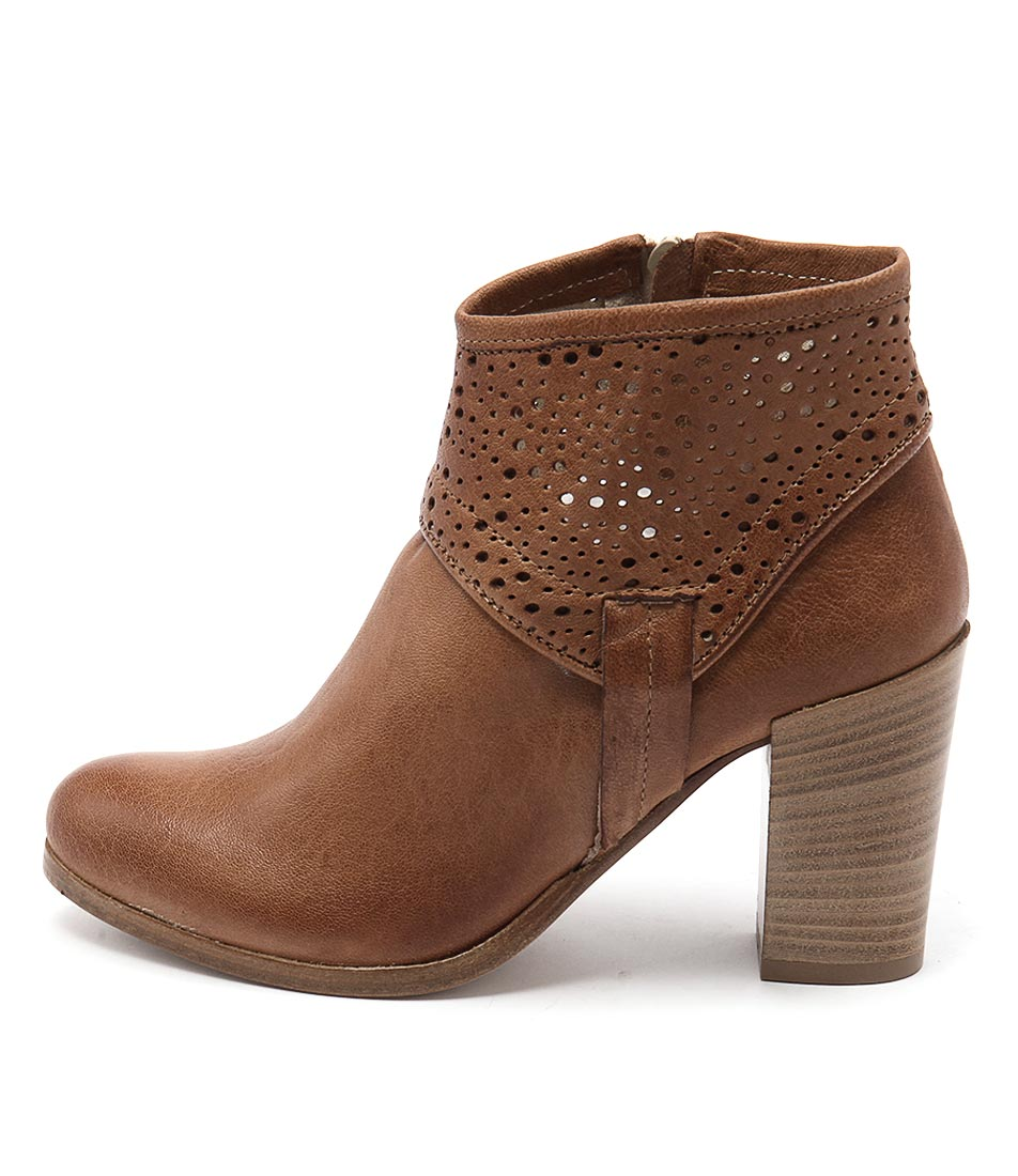 Maria Rossi Savino Tan Casual Ankle Boots