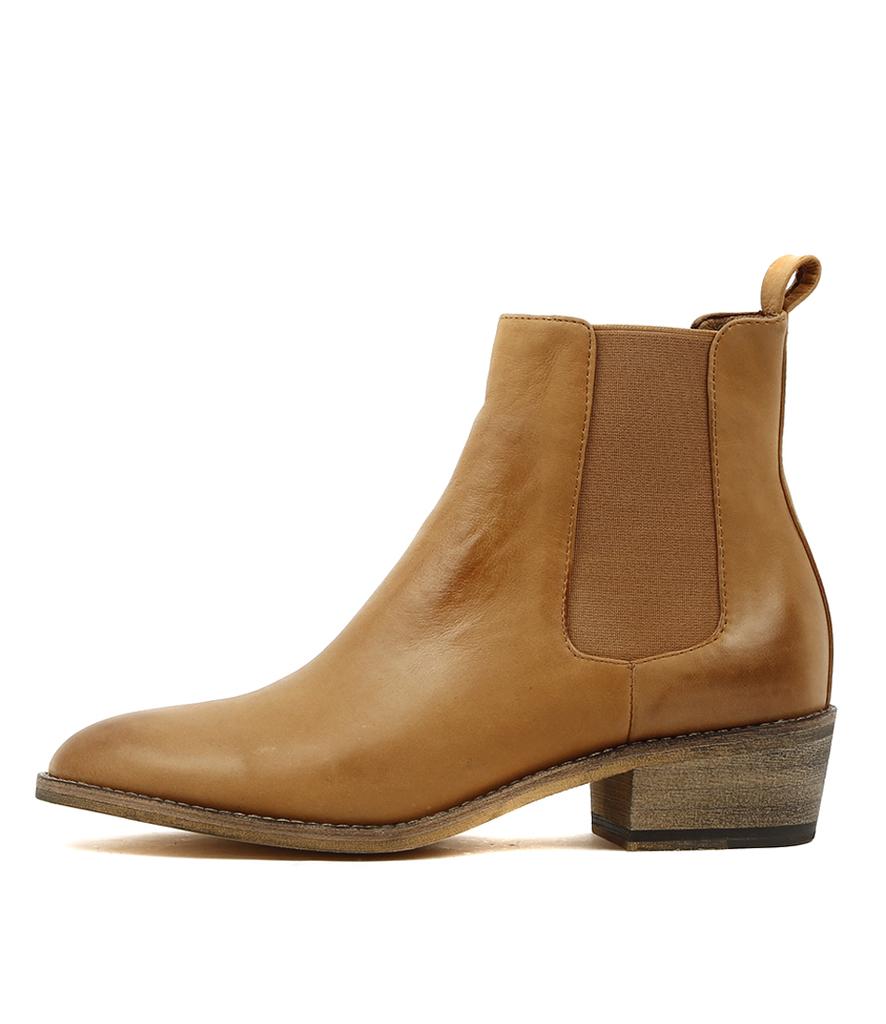 Zallas Wide Shoes