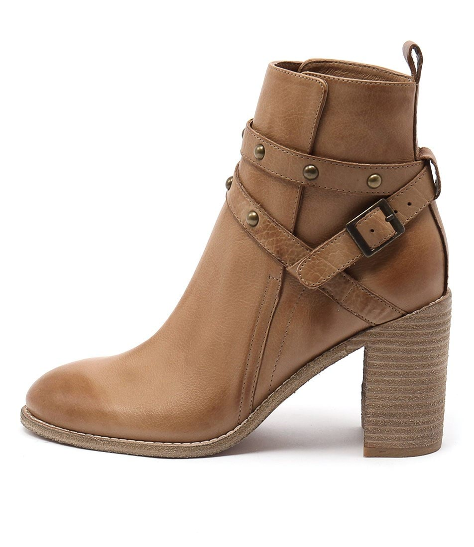 Mollini Gride Tan Ankle Boots