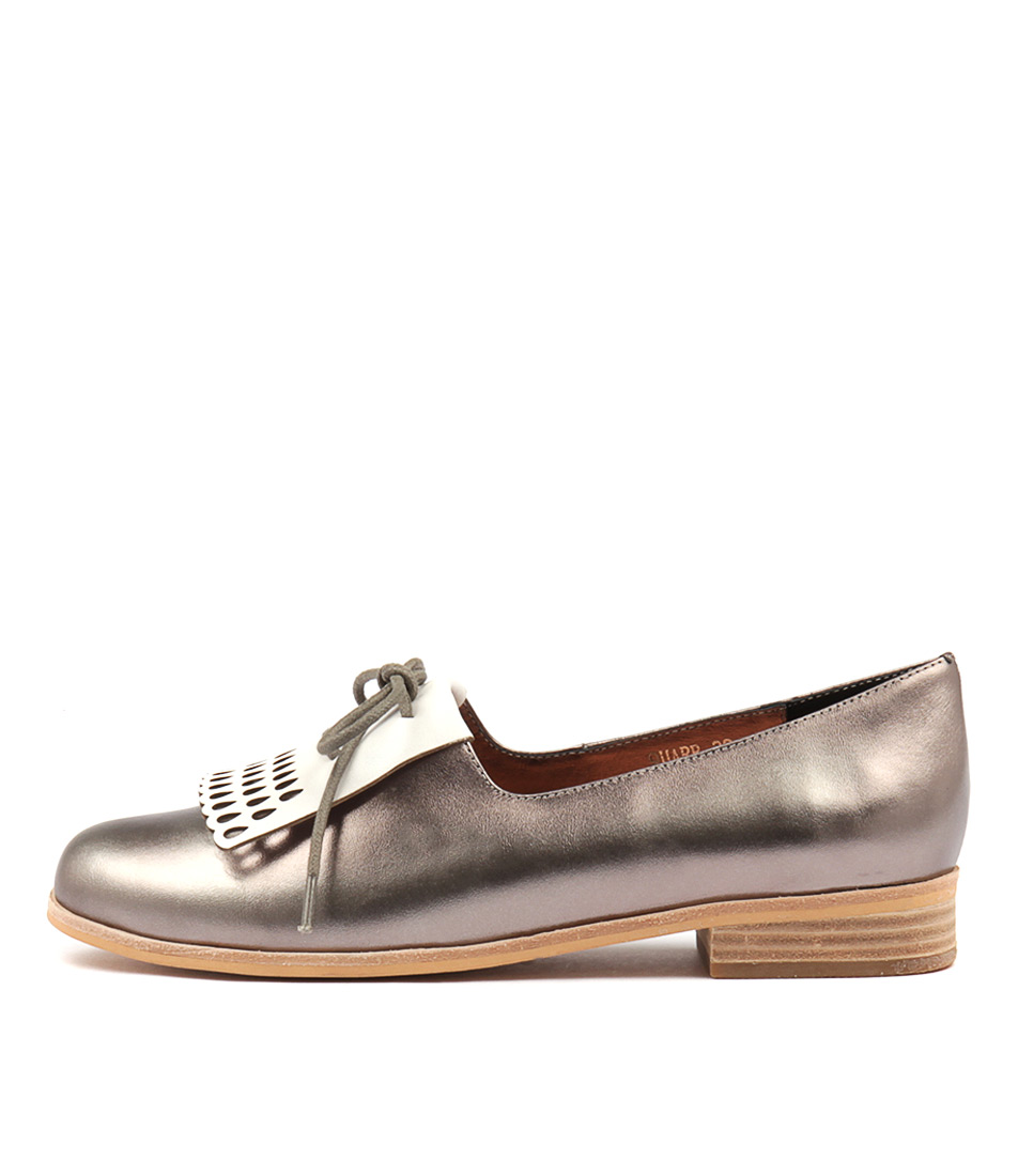 Mollini Quarr Pewter White Flat Shoes
