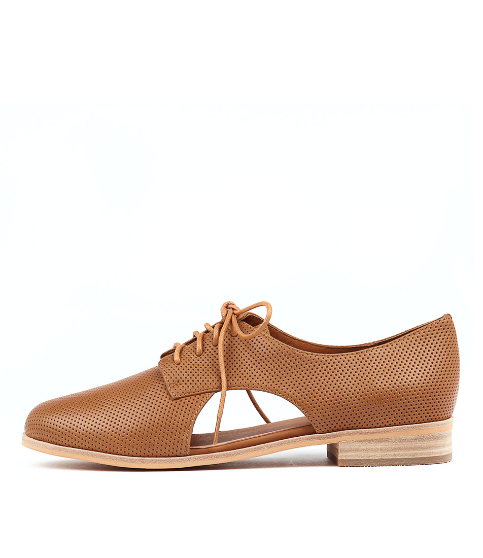 Mollini Queneva Tan Flat Shoes