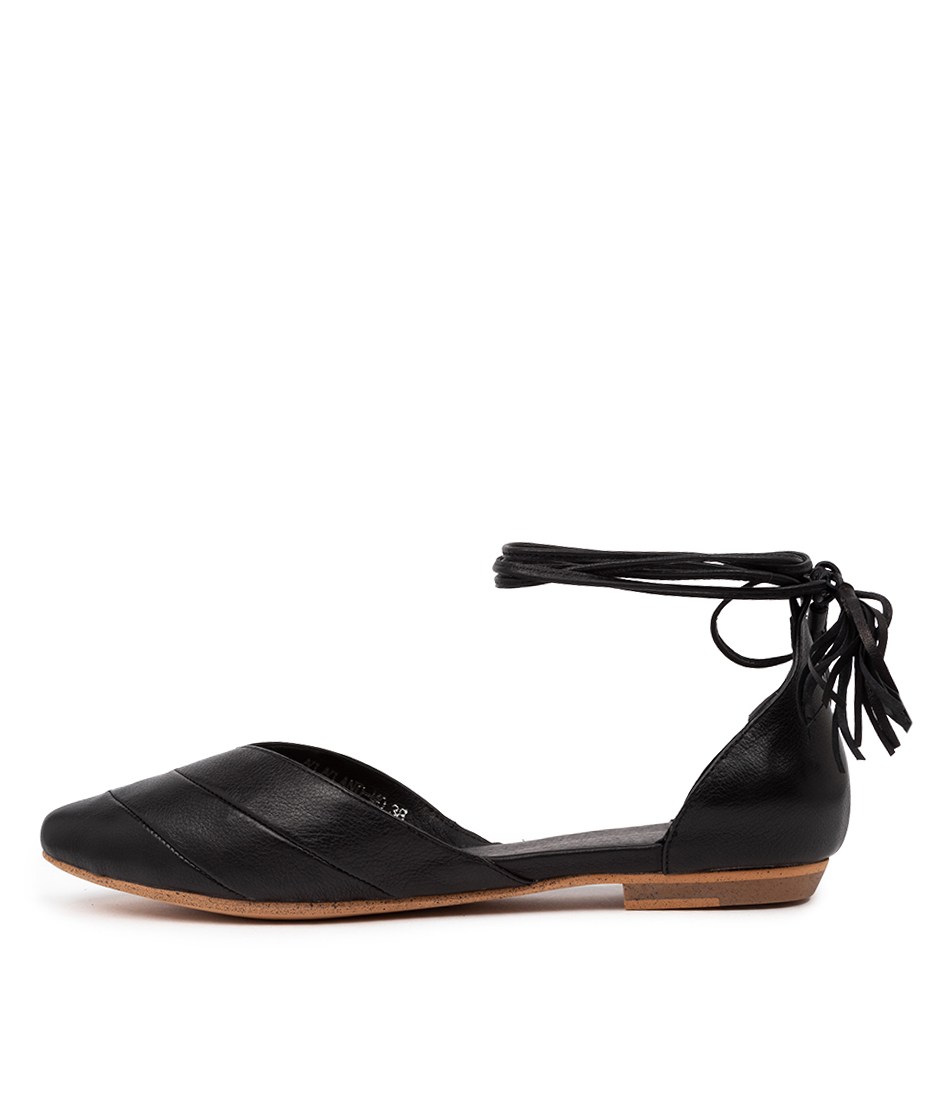 Buy Mollini Gyland Mo Black Flats online with free shipping