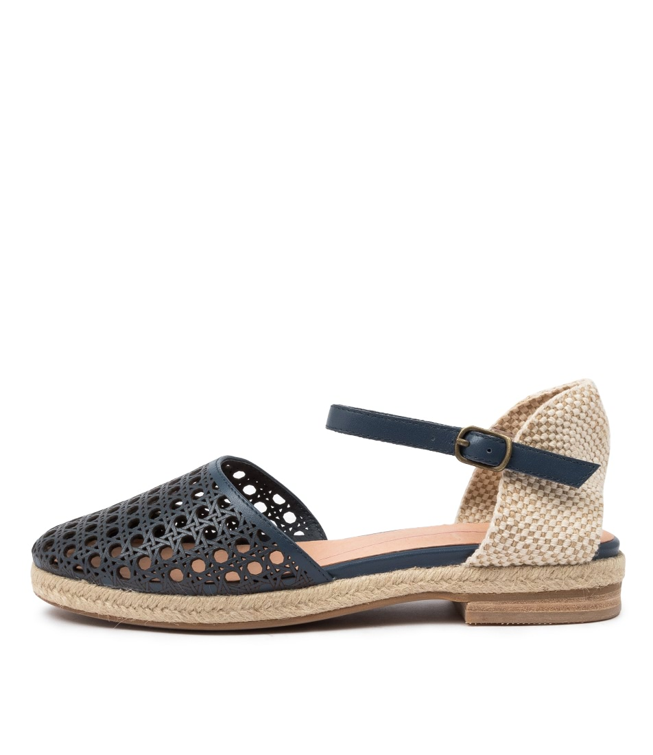 Buy Mollini Quigger Mo Navy Flats online with free shipping