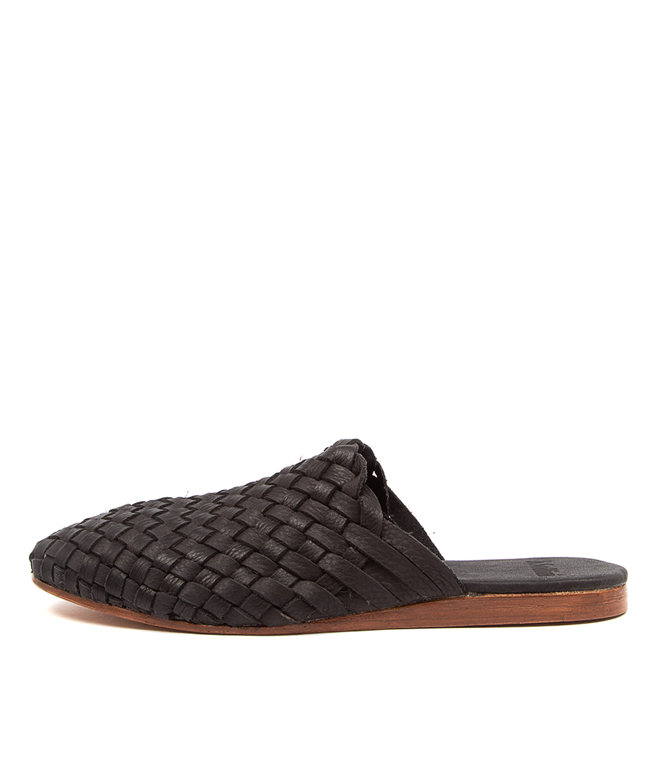 Buy Mollini Chikpi Mo Black Flats online with free shipping