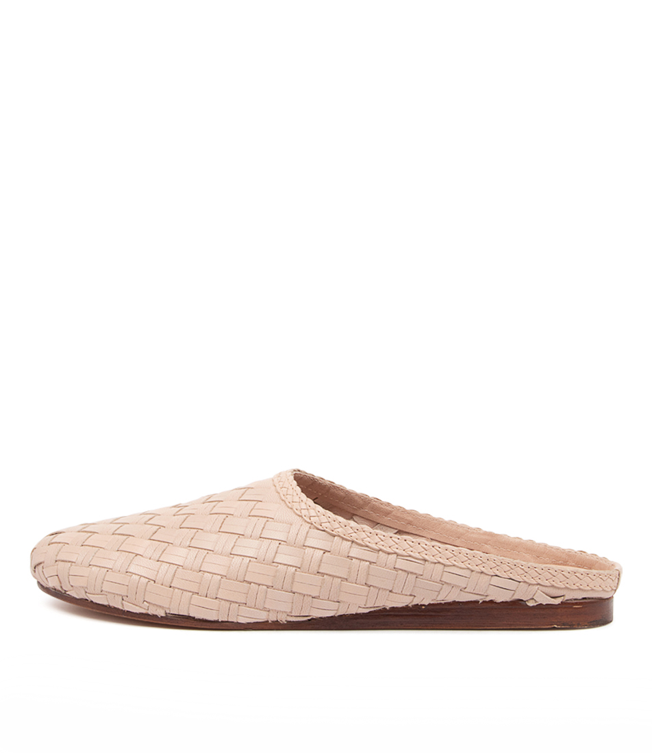 Buy Mollini Cinen Mo Light Pink Flats online with free shipping
