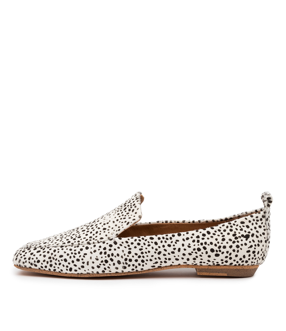 Buy Mollini Chasey Mo Black & White Flats online with free shipping