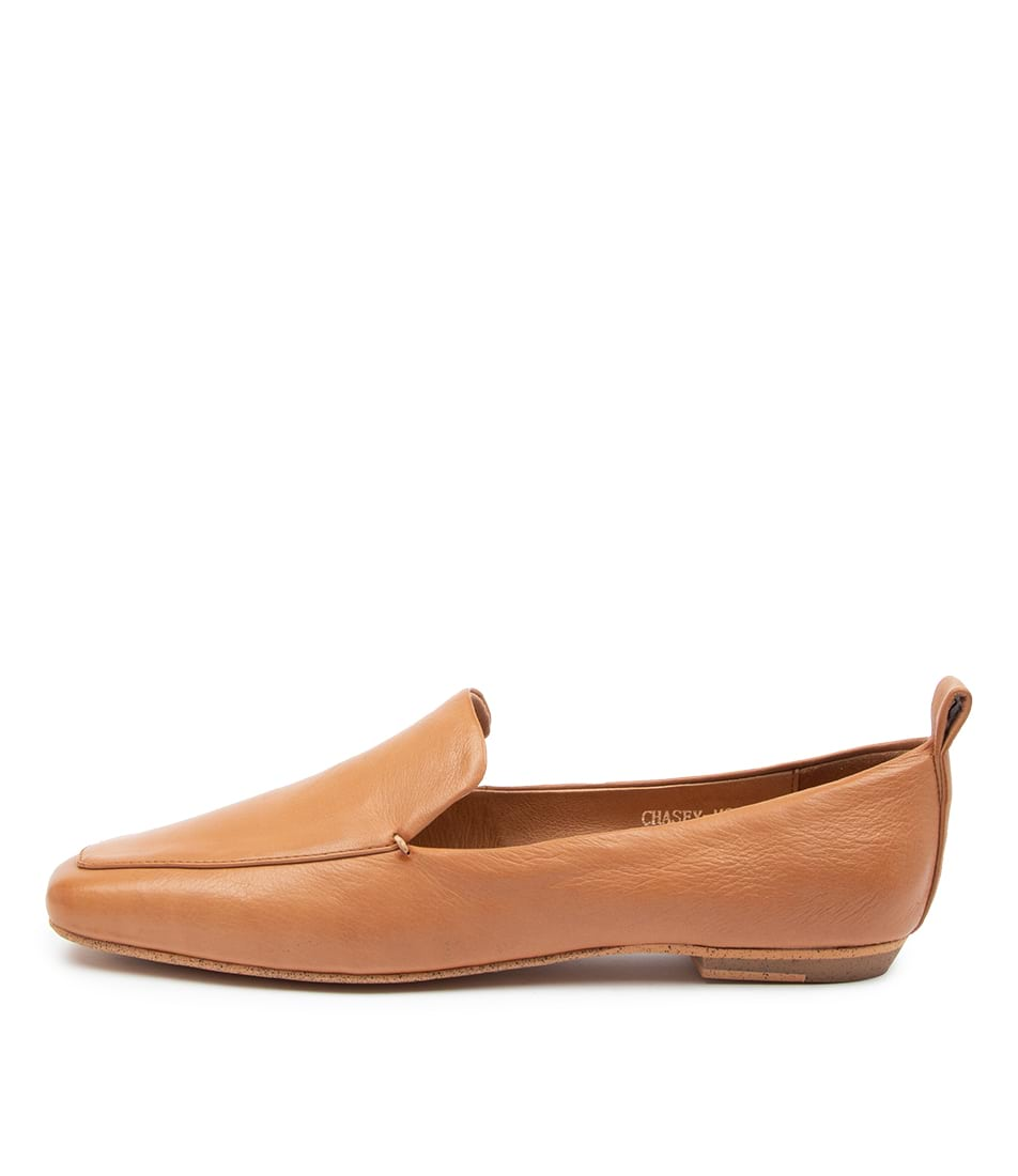 Buy Mollini Chasey Mo Dk Tan Flats online with free shipping