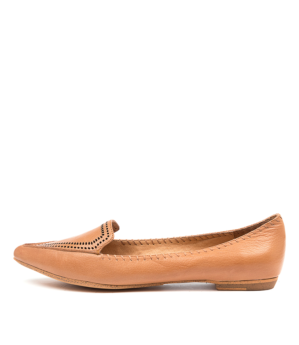 Buy Mollini Gossee Mo Dk Tan Flats online with free shipping