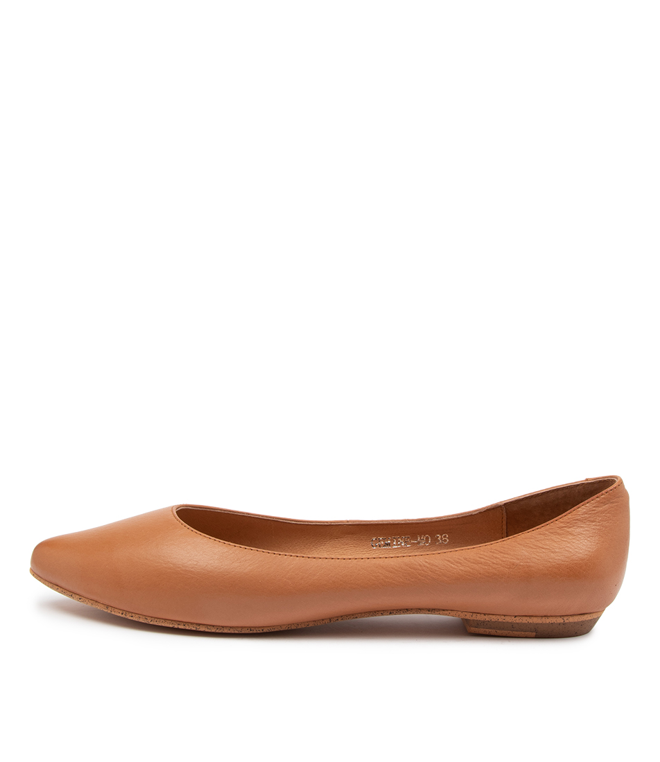 Buy Mollini Gemine Mo Dk Tan Flats online with free shipping