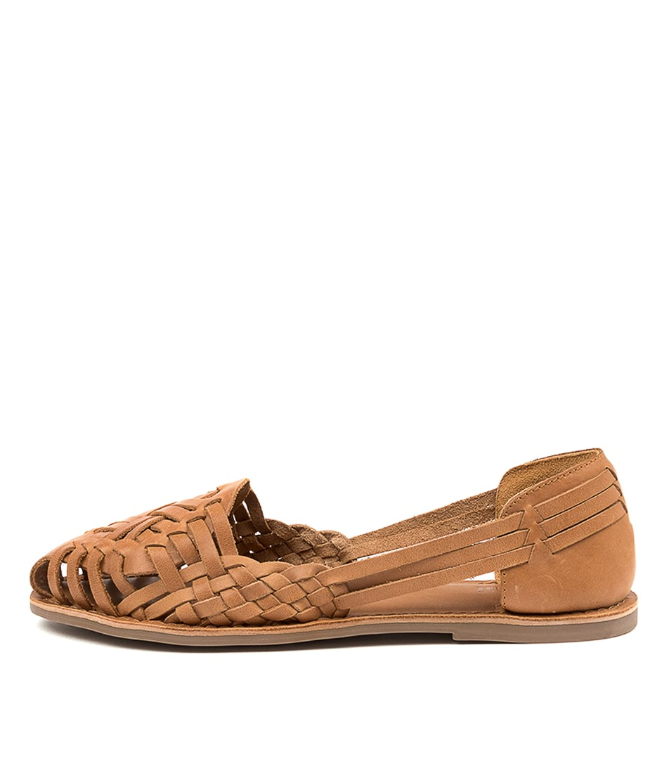 Buy Mollini Lotas Mo Tan Flats online with free shipping