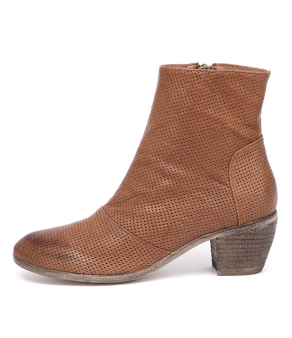 Mollini Menza Tan Casual Ankle Boots
