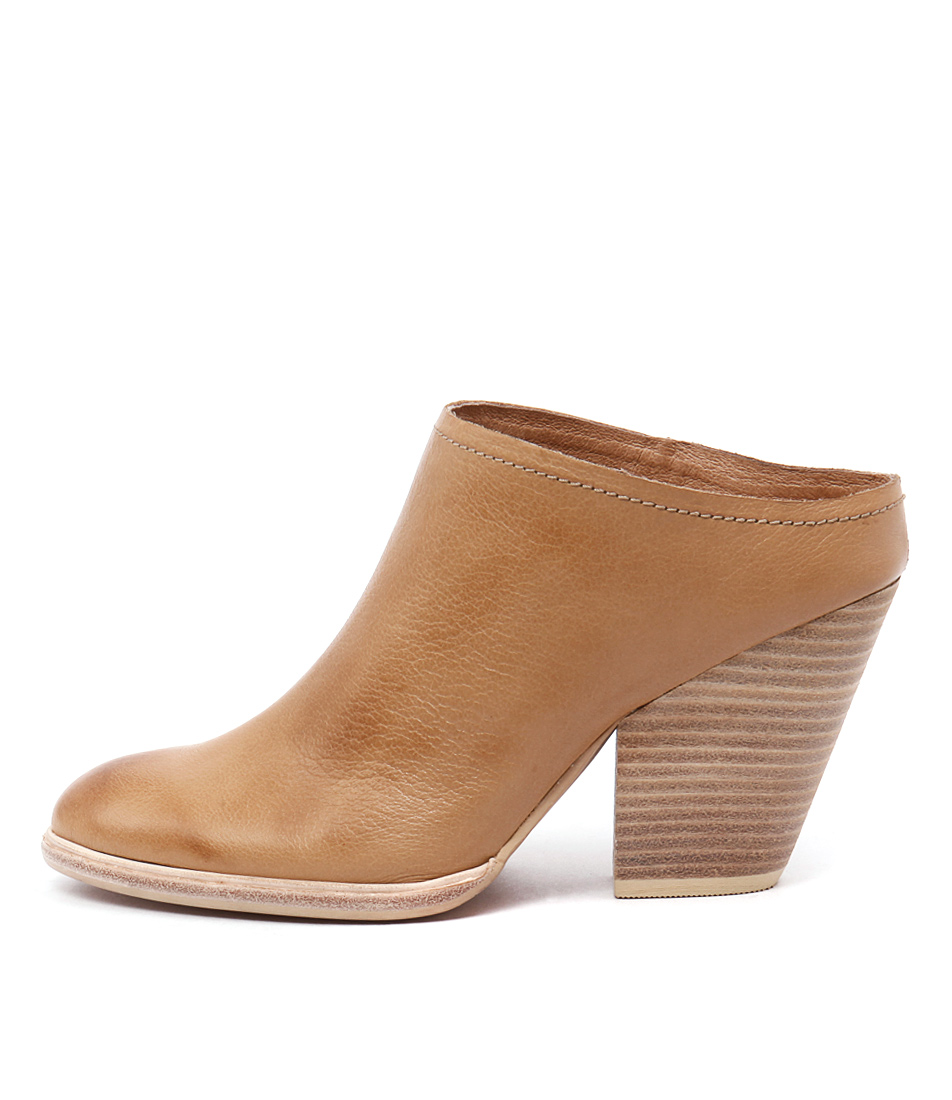 Mollini Amaly Tan Shoes