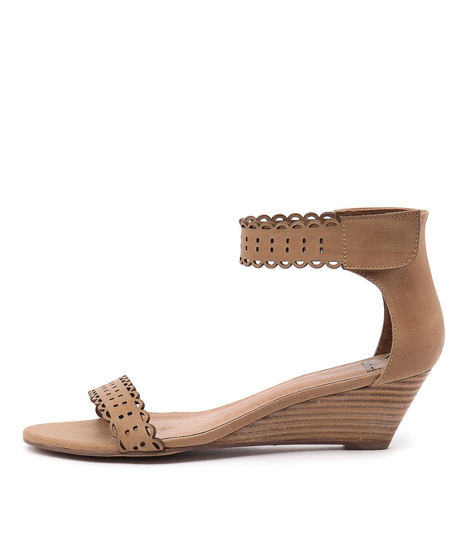Mollini Mayak Tan Shoes