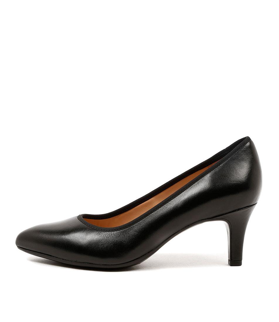 Naturalizer Oath Black Dress Heeled Shoes