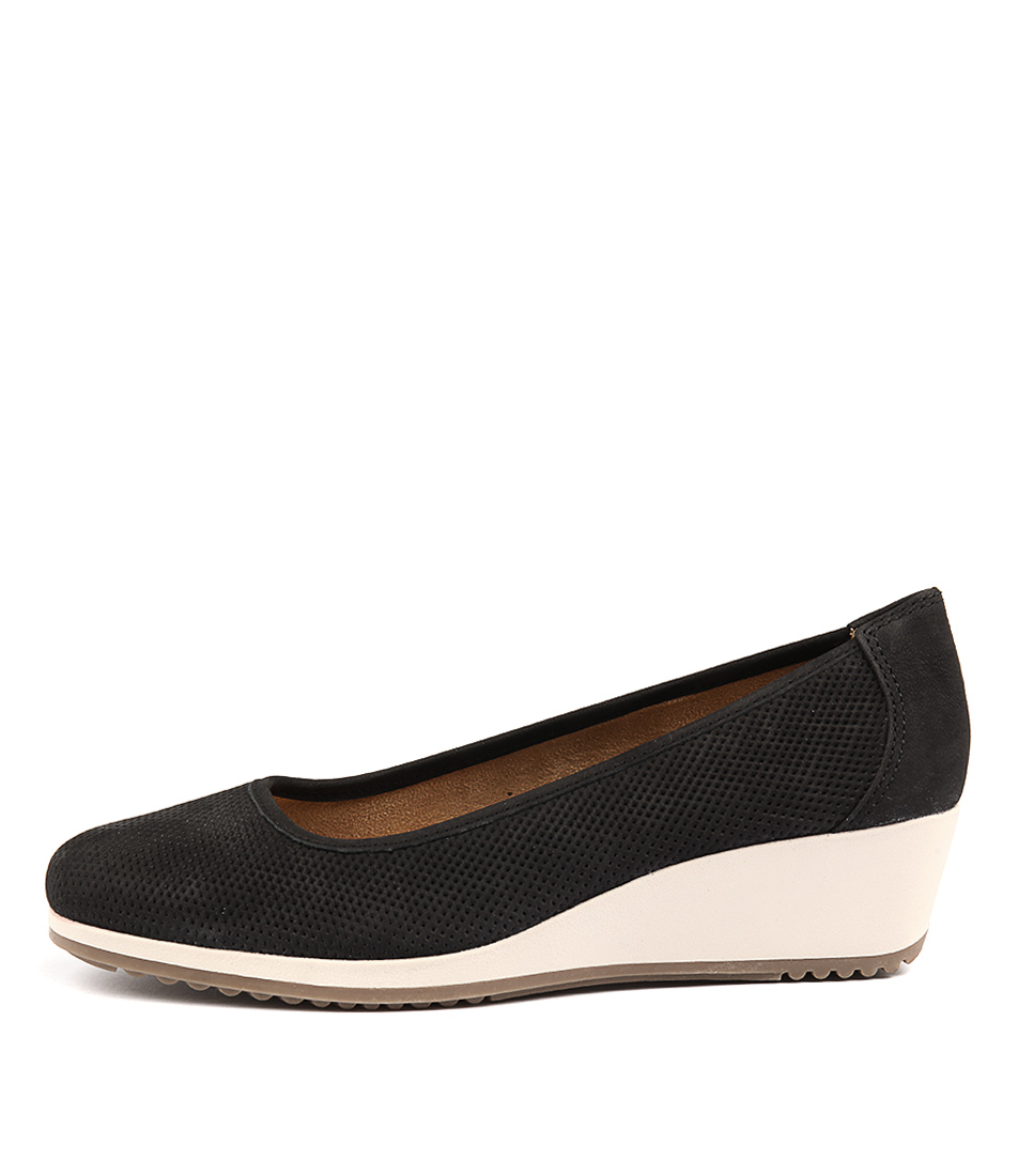 Naturalizer Bronwyn Black Heeled Shoes
