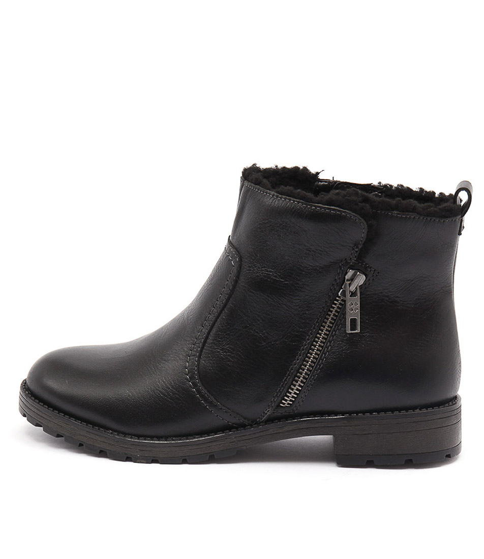 Naturalizer Tamsie Black Ankle Boots
