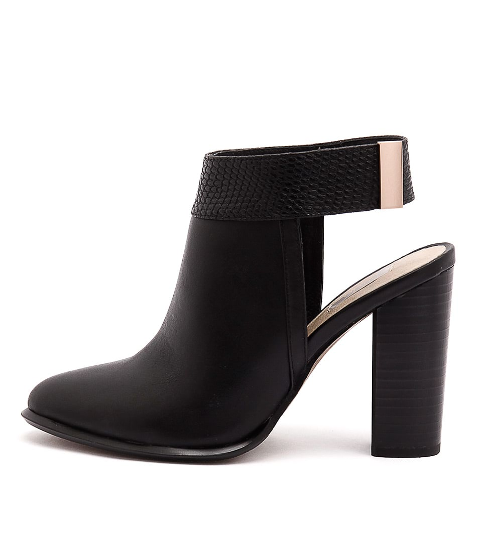 Nude Ephinany Black Boots