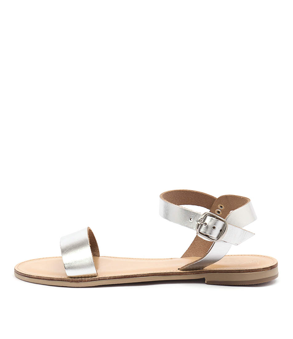 Nicolas Lainas Nadia Silver Casual Flat Sandals