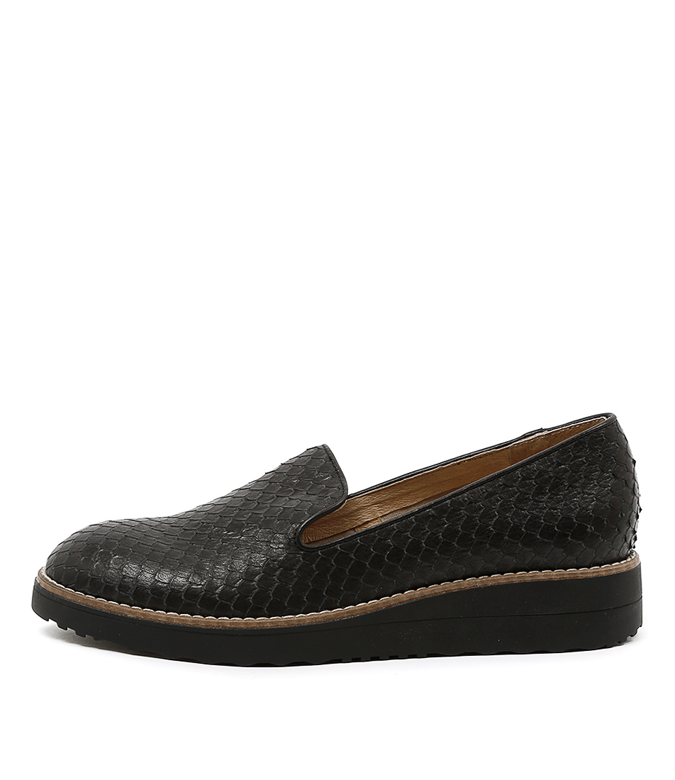 Top End Olus Black Flat Shoes