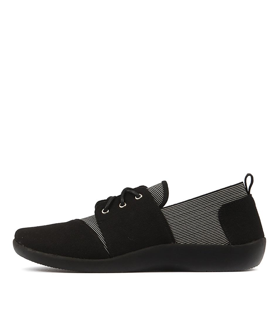 Planet Pat Black Sneakers