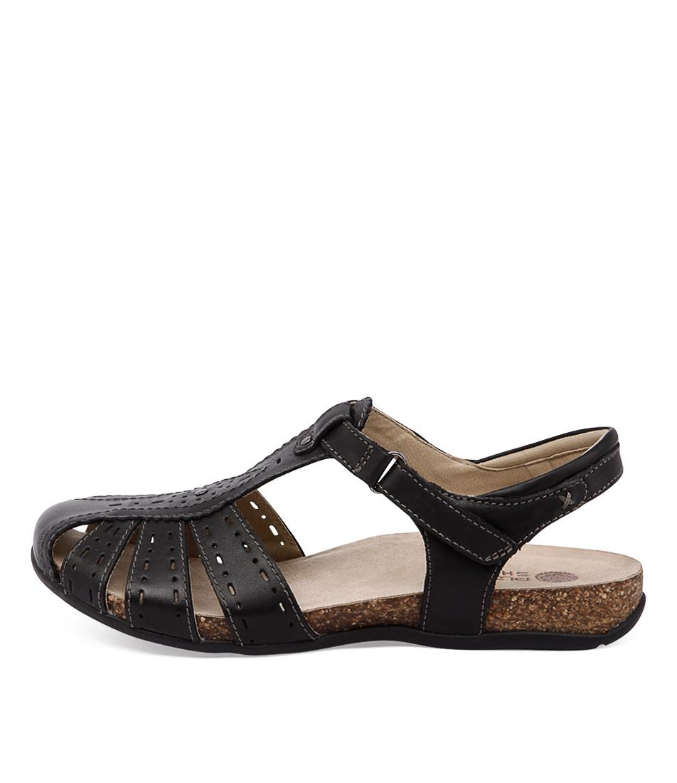 Planet Tango Pl Black Sandals