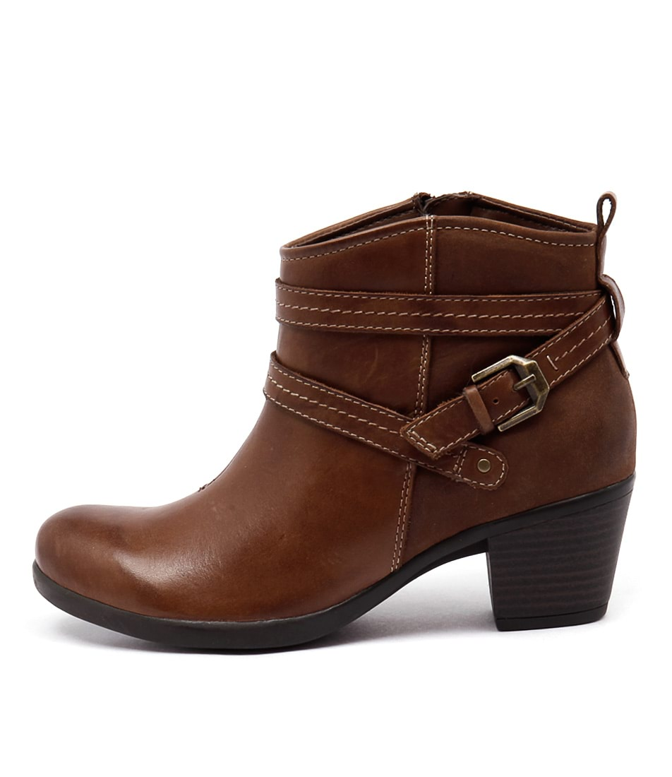 Planet Fefi Almond Ankle Boots