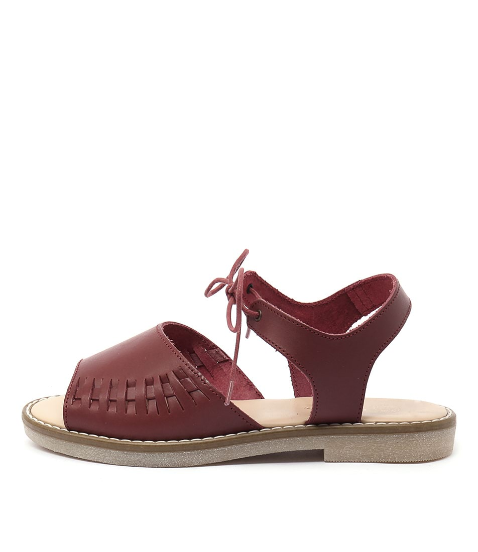 Planet Gisela Pl Plum Sandals