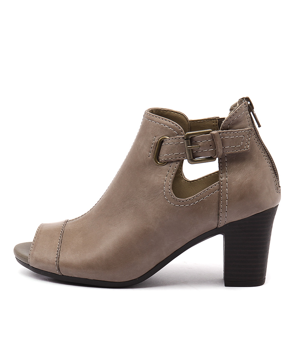 Planet Alice Pl Taupe Ankle Boots