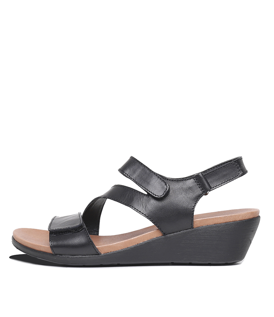 Buy Portland Jamaica Pp Black Flat Sandals online with free shipping