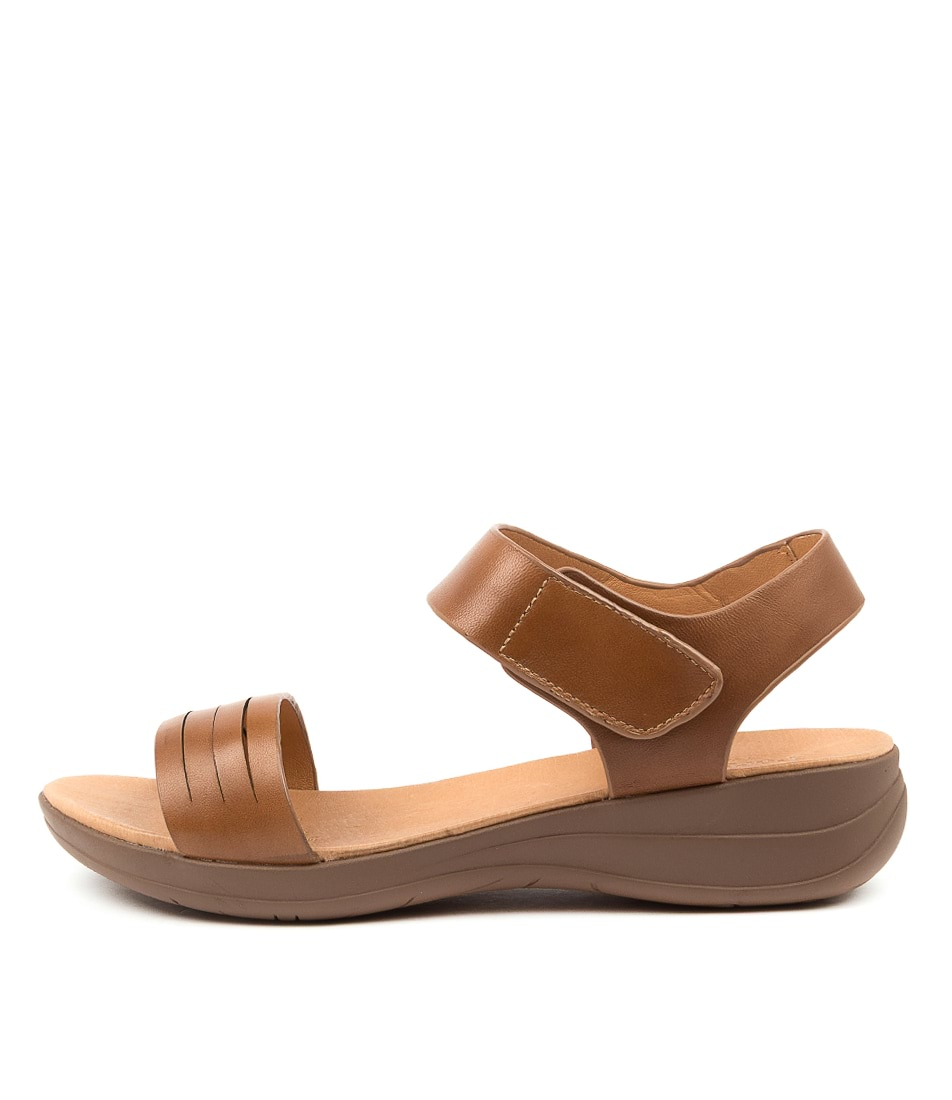 Buy Portland Mattox Pp Lt Tan Flat Sandals online with free shipping