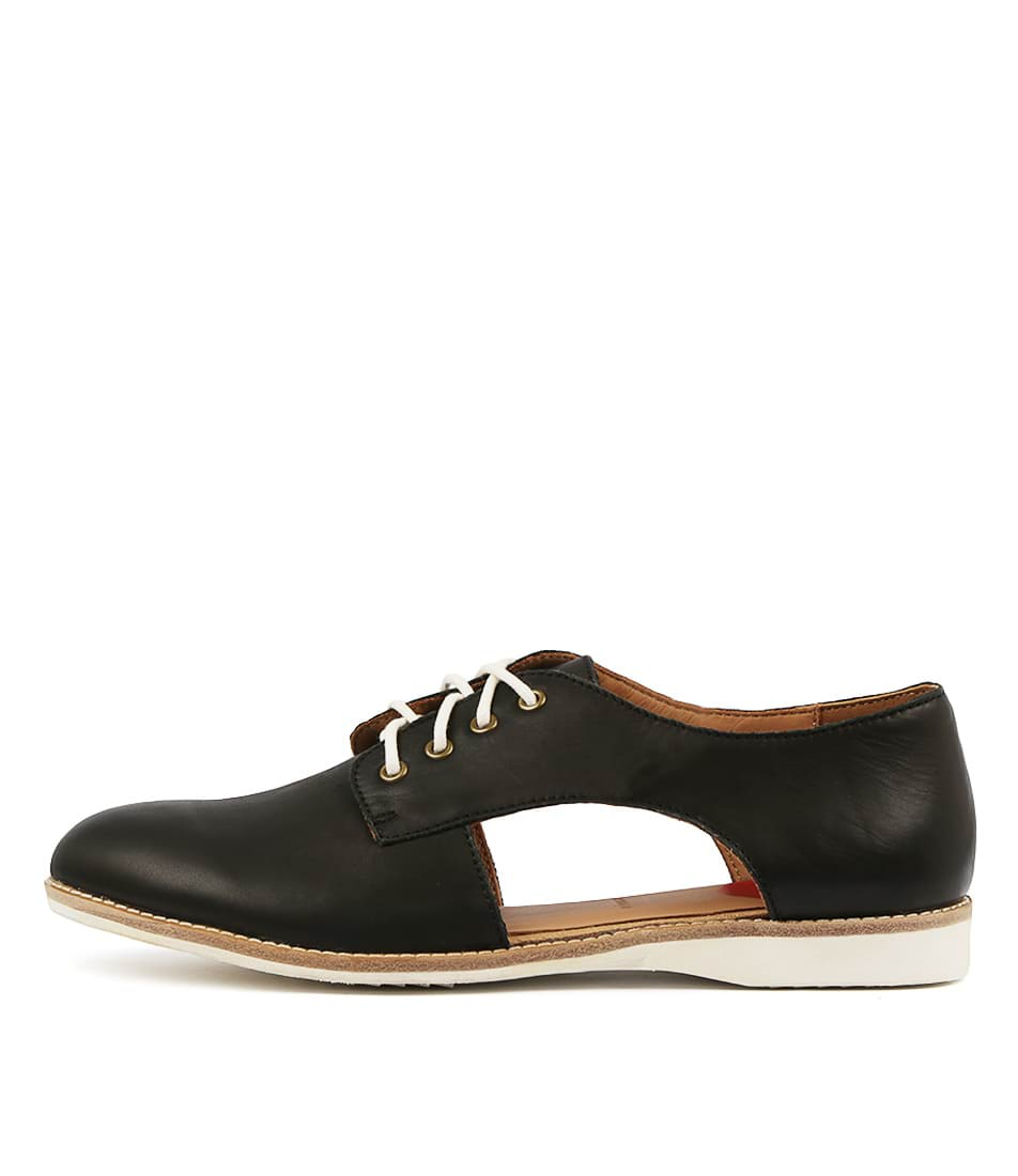 Buy Rollie Sidecut Black Flats online with free shipping